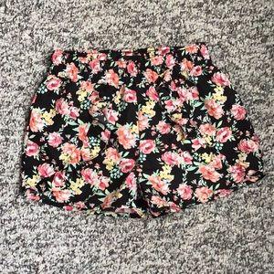 Girls ruffle front shorts